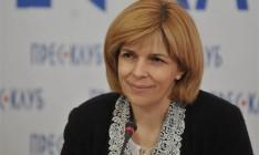 Для решения кризиса в Украине необходимо отделить олигархов от СМИ, - Богомолец