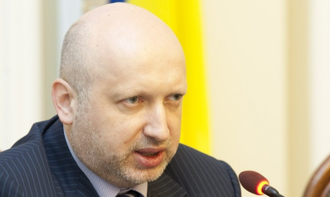 Турчинов заявил о формировании активной обороны в зоне АТО