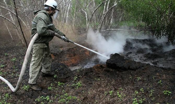 ГСЧС неможет потушить торфяники под Киевом