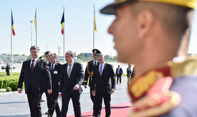 Порошенко объявил оразоблачении русских диверсионных групп награнице с Украинским государством