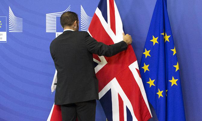 Обама пригрозил Великобритании отсрочкой торгового соглашения при выходе изЕС