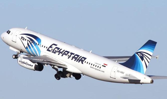 Найденные вСредиземном море обломки неотносятся ксамолету EgyptAir