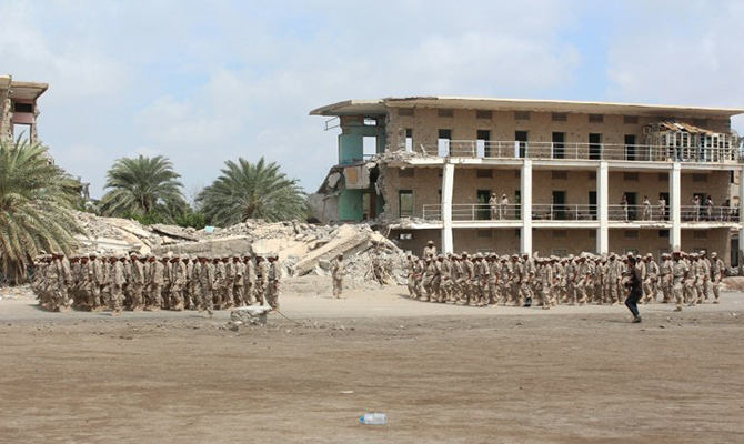 Два взрыва вйеменском Адене унесли более 45 жизней