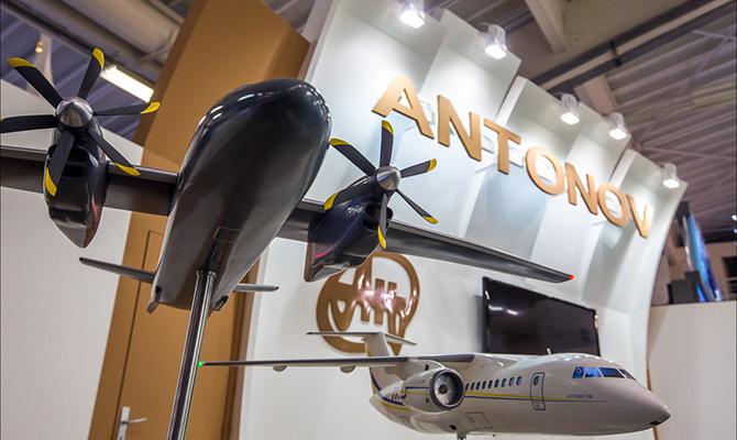 Авиастроительные учреждения Украины объединены вкорпорацию