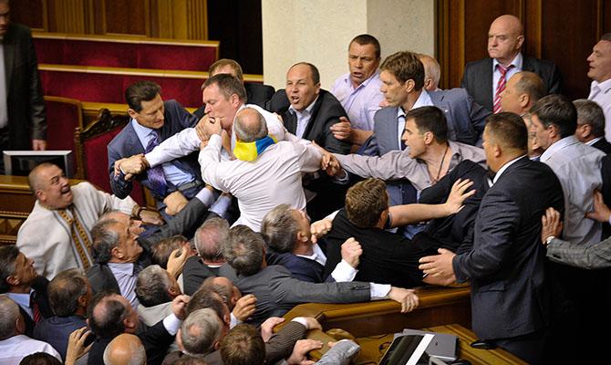 В Украине есть альтернатива парламентским популистам, - эксперт