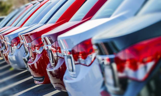 ВУкраинском государстве растут продажи новых авто