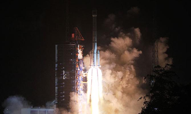 КНР благополучно запустил спутник системы мобильной связи «Тяньтун-1»