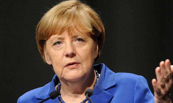 Меркель: Оснований для отмены санкций против РФ пока нет