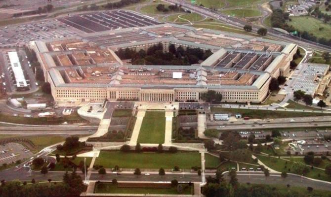РФ стремится подорвать мировой порядок— руководитель Пентагона
