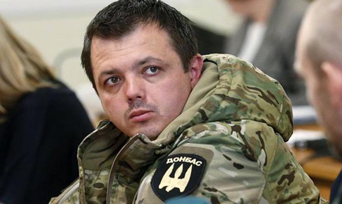 Нардеп Семенченко вернул себе воинское звания через суд