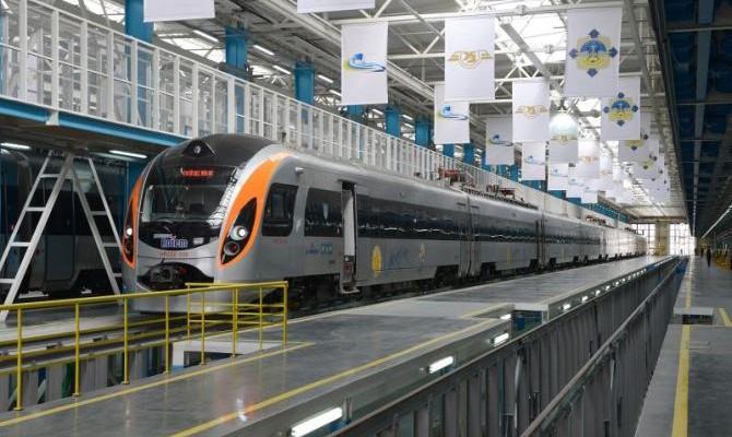«Укрзализныця» планирует подписать договор сSiemens напоставку вагонов