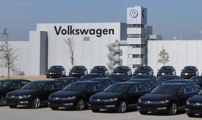 Инвесторы хотят истребовать с VW 8,2млрдевро задизельный скандал