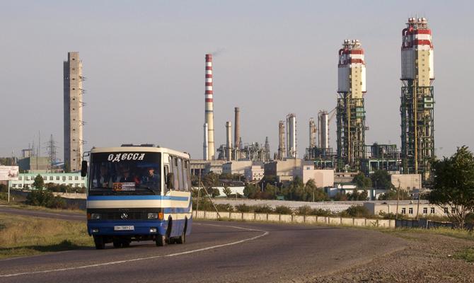 Гройсман рассчитывает науспех повторной приватизации Одесского припортового завода