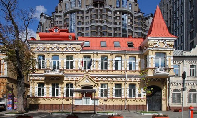 Власти Польши облегчили процедуру представления виз для жителей Украинского государства