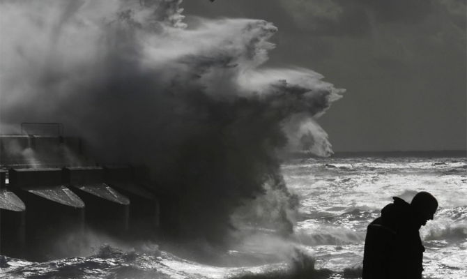 США готовятся кприходу смертоносного урагана