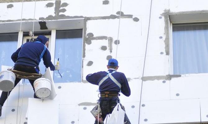Украинцы снова смогут пользоваться правительственной программой для утепления жилья