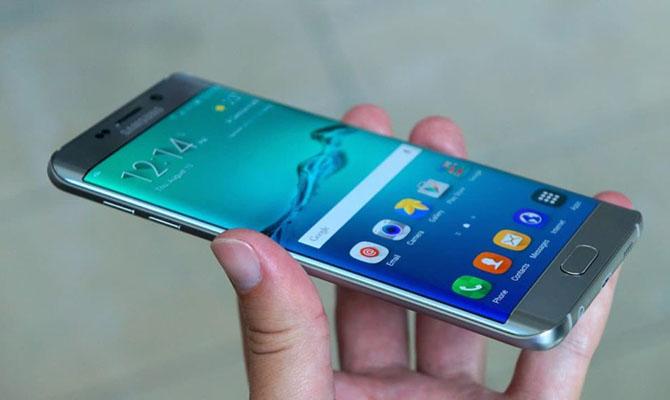 Самсунг открывает ваэропортах пункты замены Galaxy Note 7