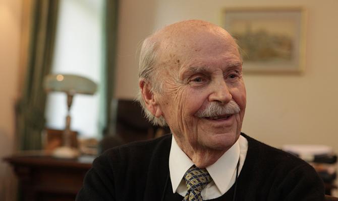 Чем прославился один из наилучших экономистов мира— Богдан Гаврилишин