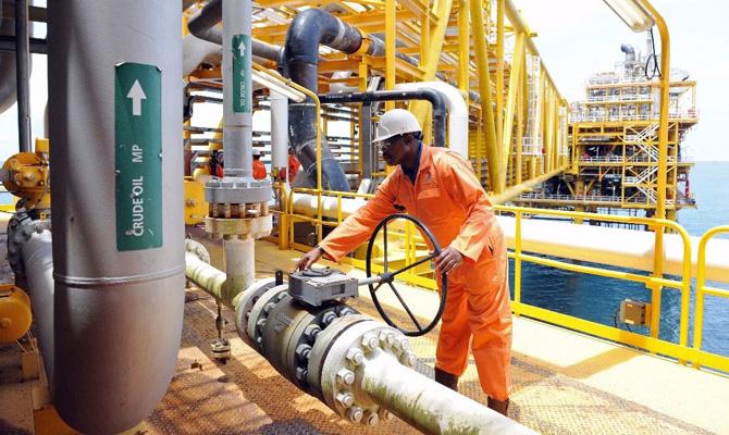 Ангола стала лидером пообъемам поставок нефти вКитай
