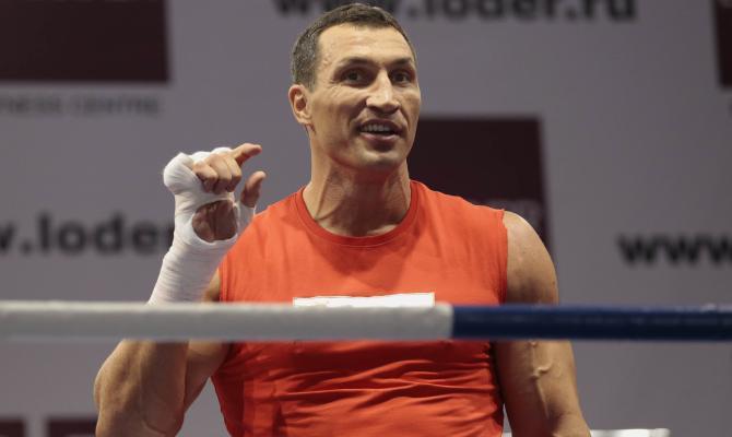 Владимир Кличко получил травму инепроведет бой 10декабря