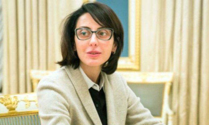 Деканоидзе задекларировала неменее 3,5 млн. грн заработной платы