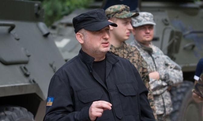 Турчинов неисключает, что РФ еще «приползет» договариваться омирном формате