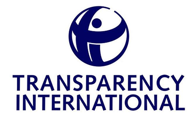 Исследование Transparency International: жители России считают коррупцию одной из основных национальных трудностей