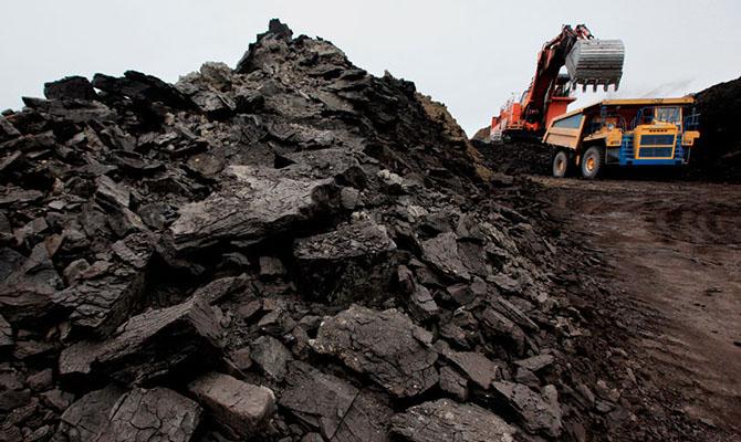 УАхметова хотят значительно увеличить поставки угля с захваченных территорий Донбасса