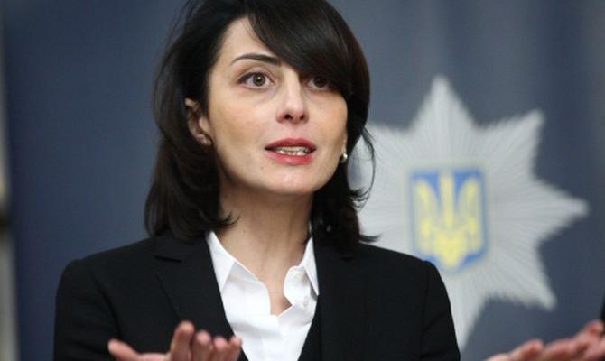 Украинский Кабмин отправил Деканоидзе вотставку