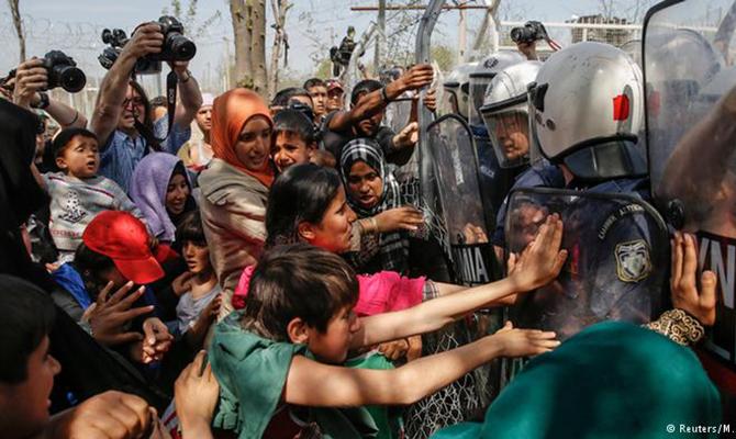 ВБолгарии прошла акция против лагеря незаконных мигрантов