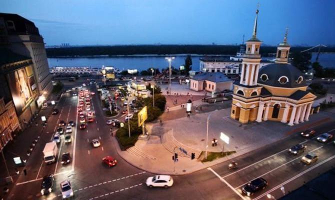 Обновленную Почтовую площадь откроют вмае 2017 года