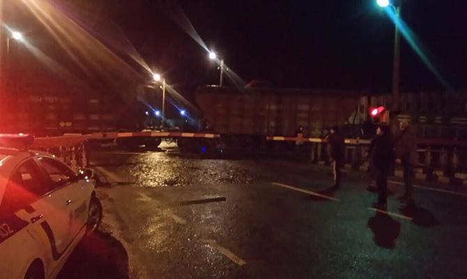 Под Львовом сошел срельсов товарный поезд, дорога Киев-Чоп заблокирована