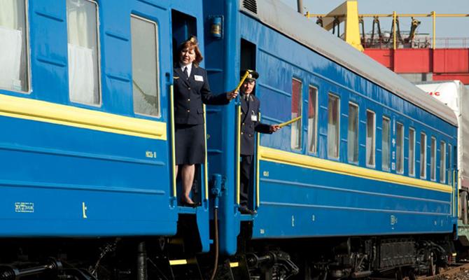 Омелян ожидает от«Укрзализныци» обоснования поднятия тарифов на транспортировки