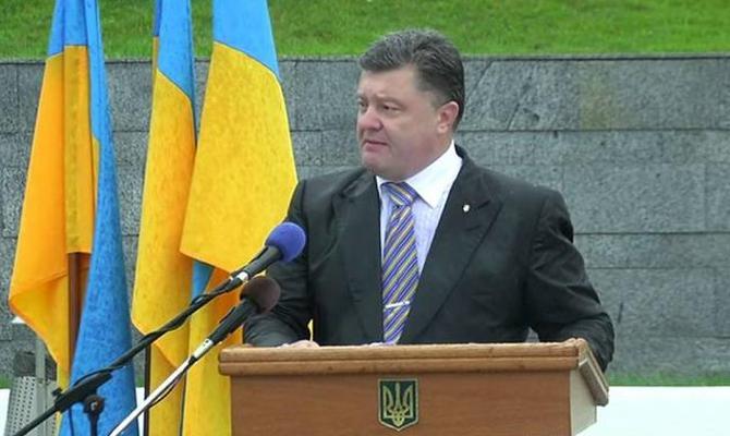 Порошенко выразил надежду, что совсем скоро будут продлены антироссийские санкции