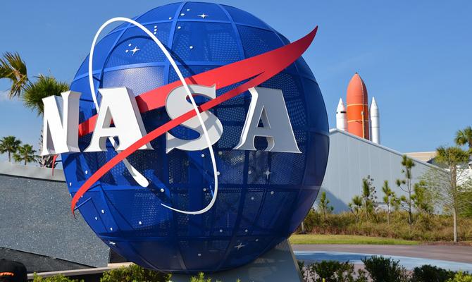 NASA запустит три телескопа для исследования темных дыр— Миссия выполнима