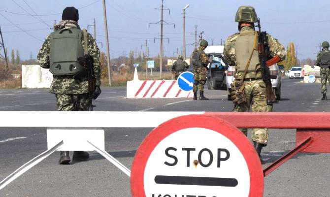 КПП «Марьинка» был обстрелян вчера вечером