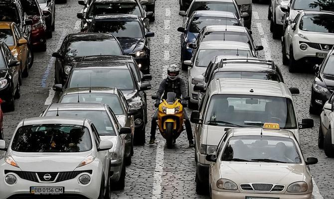 Наукраинском рынке всередине зимы вырос общий объем продаж авто на16%