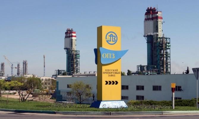 Одесский припортовый завод начал производство аммиака икарбамида