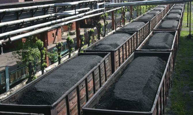 Российская Федерация ежесуточно вывозит изоккупированного Донбасса десятки вагонов украинского угля