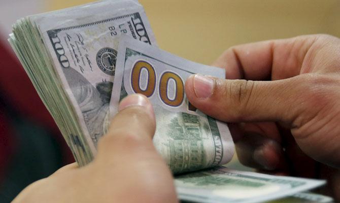 НБУ: недостаток платежного баланса снизился почти донуля