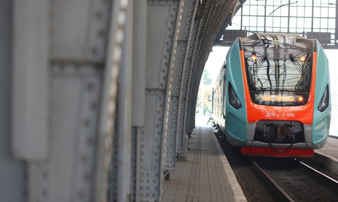 «Укрзализныця» запускает дополнительный поезд вПольшу