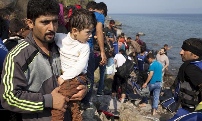 США примут беженцев изАвстралии только изуважения ксоюзнику— Незваные гости