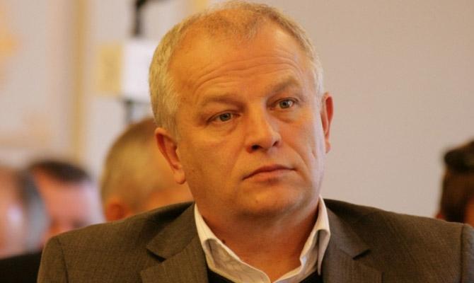 Заработная плата Гройсмана заапрель составила 35,8 тыс. грн