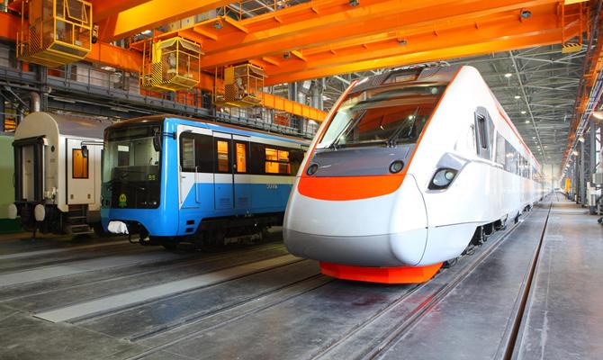 Крюковский завод увеличил производство грузовых вагонов на 70%