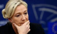 Ле Пен откажется от стратегии выхода Франции из Евросоюза