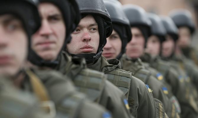 ВУкраинском государстве призовут офицеров запаса для отправки напередовую вДонбасс