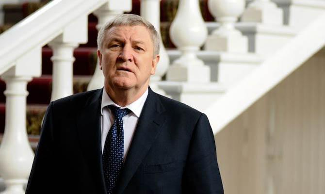 Суд перенес рассмотрение дела экс-министра обороны Ежеля наавгуст
