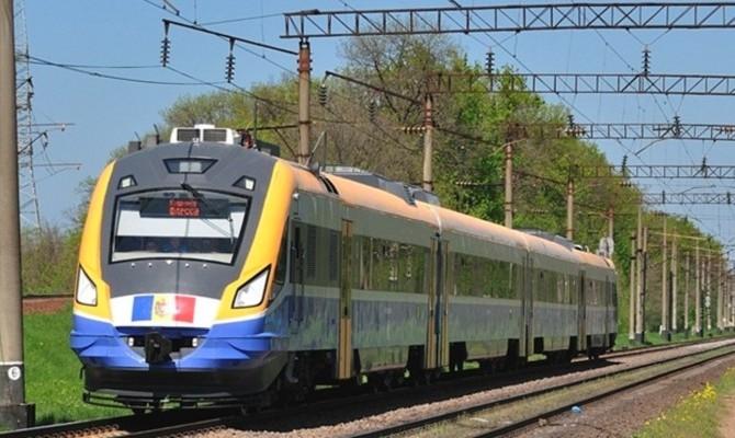 Осенью планируется запуск модернизированного поезда Кишинев