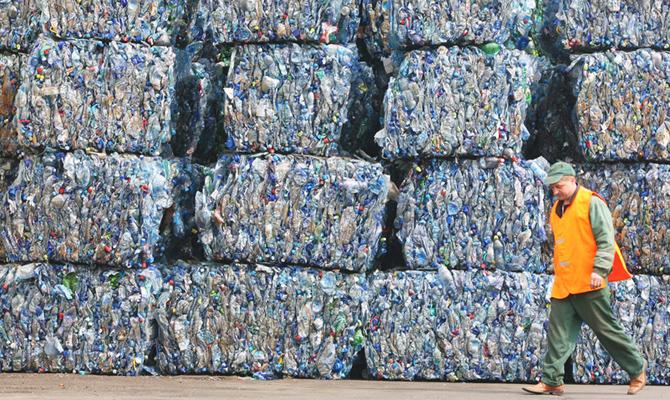 ВоЛьвове повысили для населения тарифы навывоз мусора