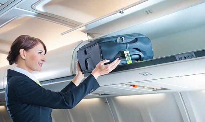 МАУ втри раза уменьшила лоукост-программу после отказа Ryanair,— Омелян